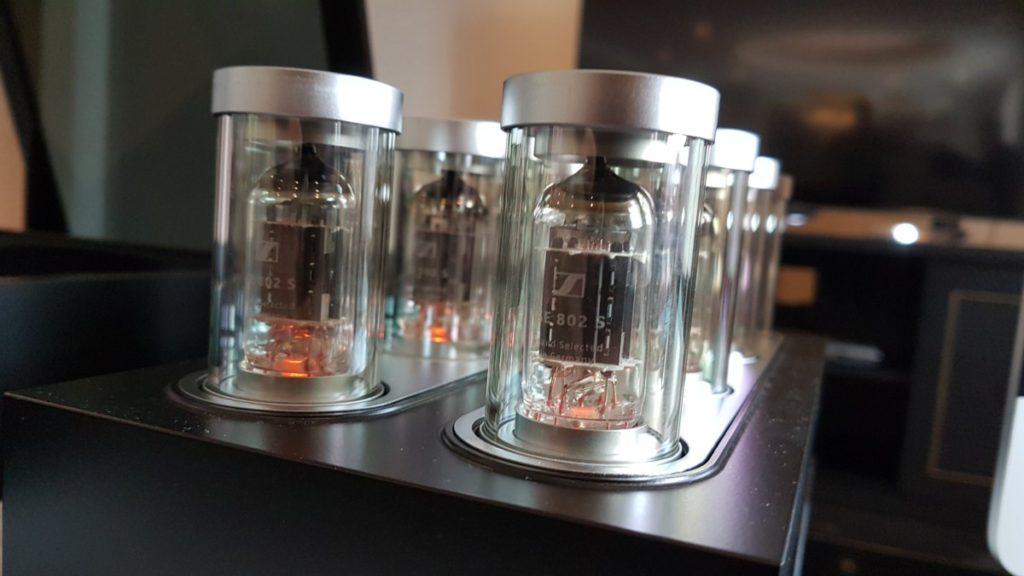 Sennheiser HE 1 quartz bulbs