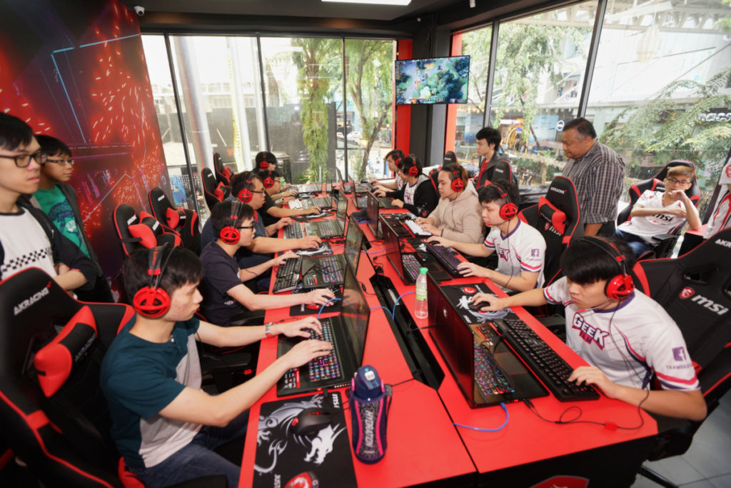 The world's largest MSI store is now open in Malaysia 11
