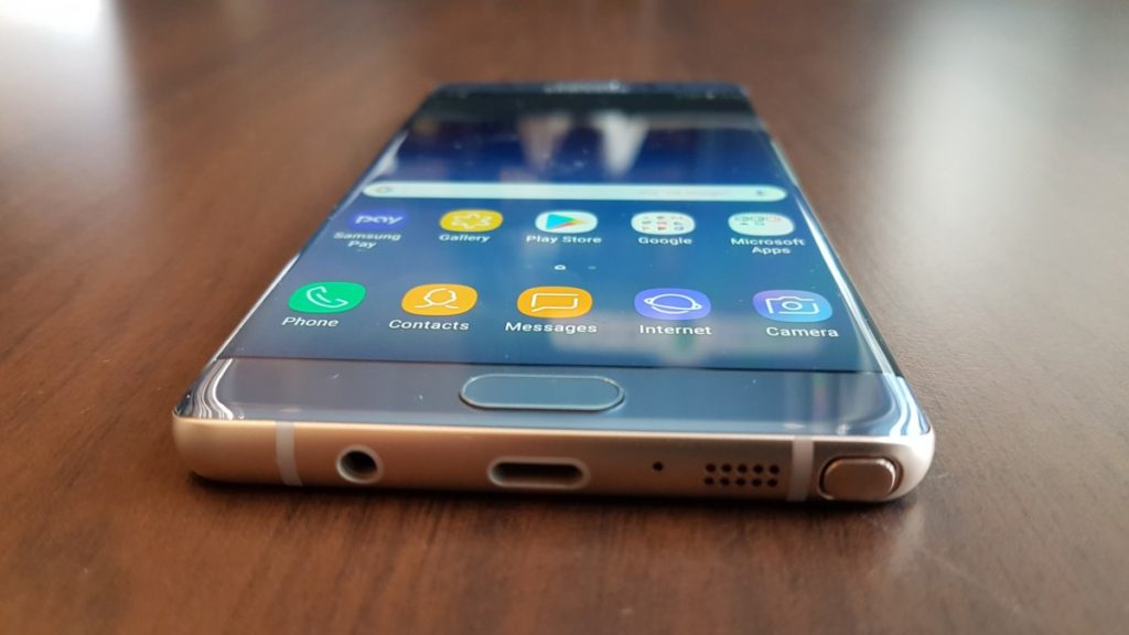 [ Review ] Samsung Galaxy Note Fan Edition 4