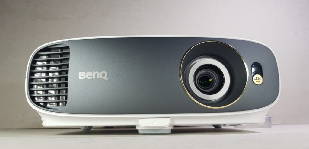 [Review] BenQ W1700 4K HDR Projector - Affordable 4K HDR Delight 10