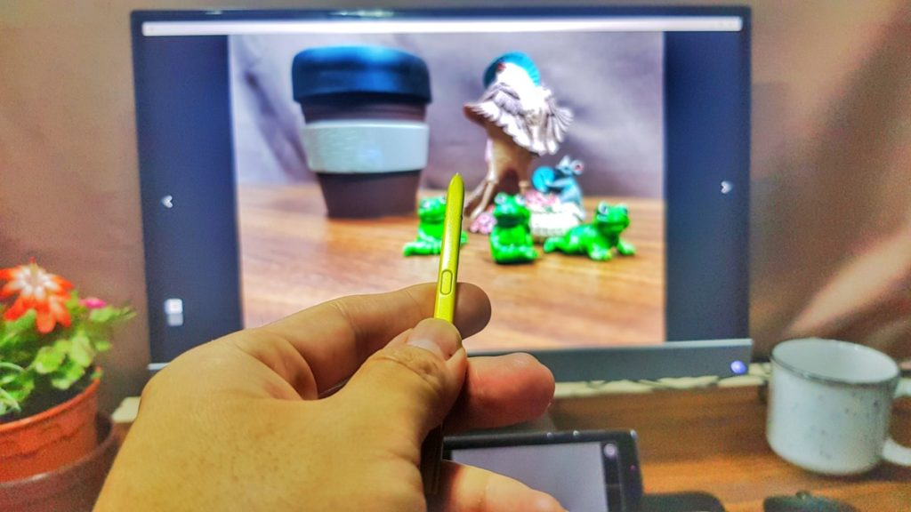 S Pen on Galaxy Note9 in Dex mode for playback
