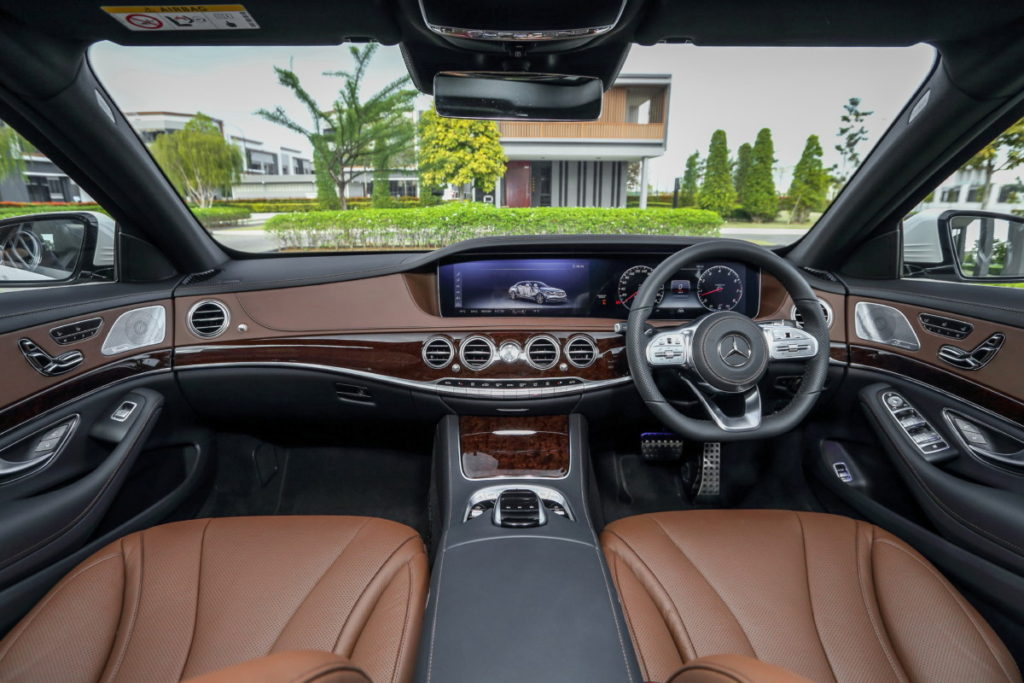 Mercedes redefines luxury and performance with new S-class line-up 5