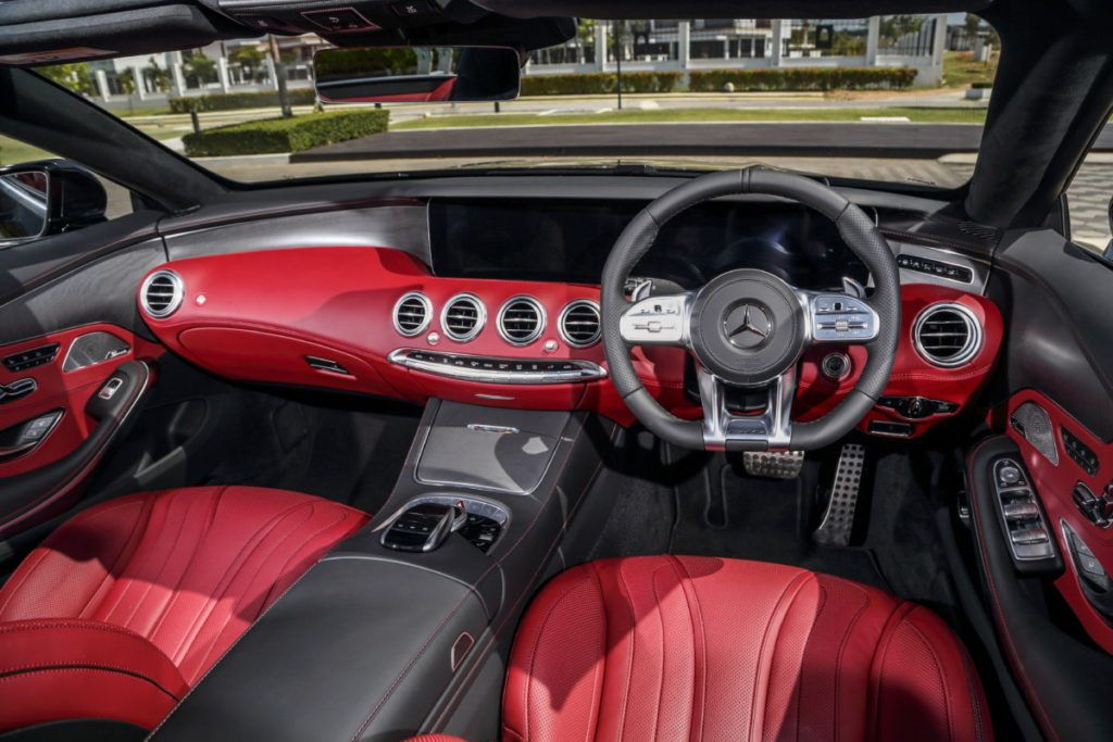 Mercedes redefines luxury and performance with new S-class line-up 8