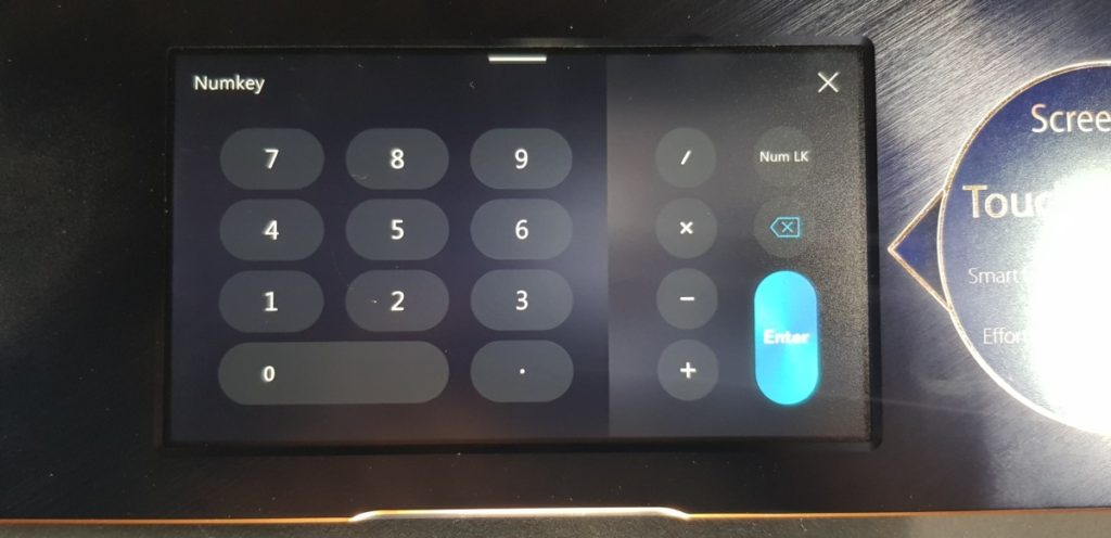 [Review] Asus Zenbook Pro 15 UX580G-EE2030T - ScreenPad Sensation 10
