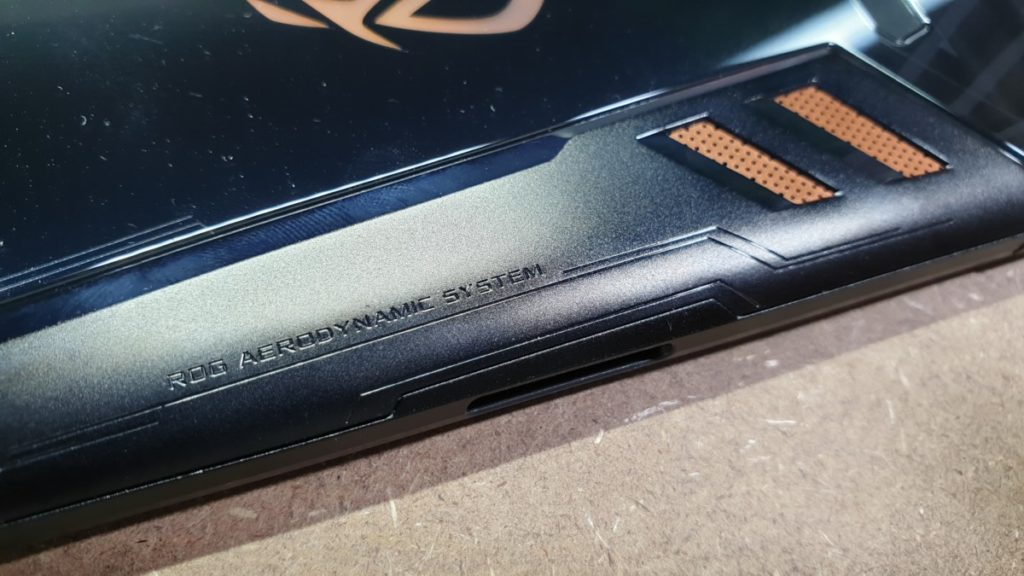 [Review] Asus ROG Phone - The Game Changer Is Here 6