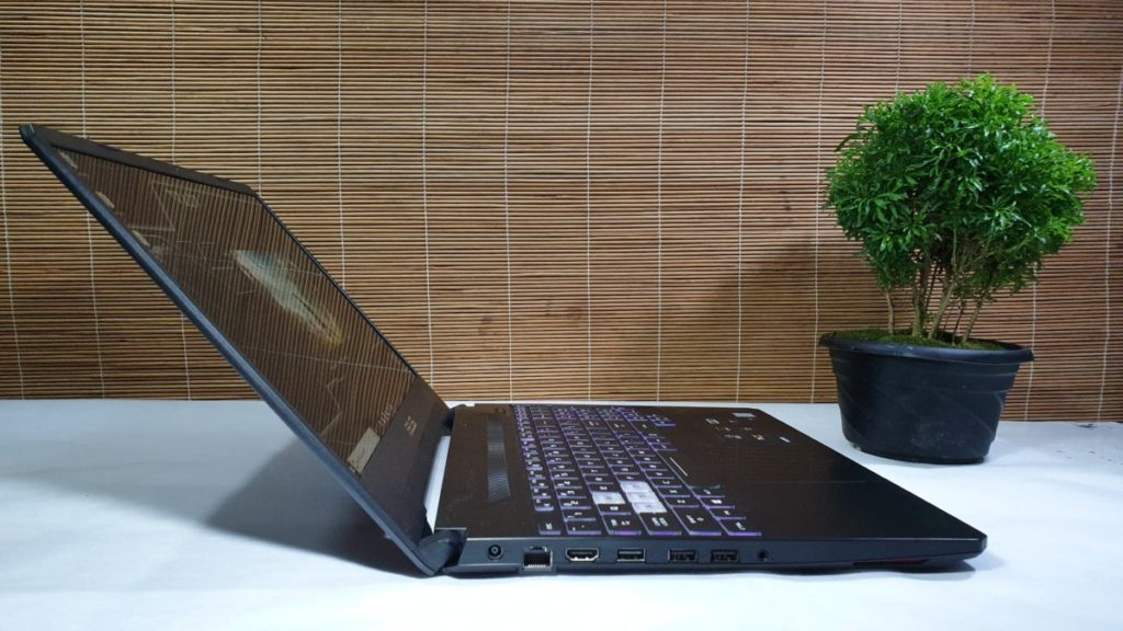 [Review] Asus FX505 - Glorious Gaming Goodness 6