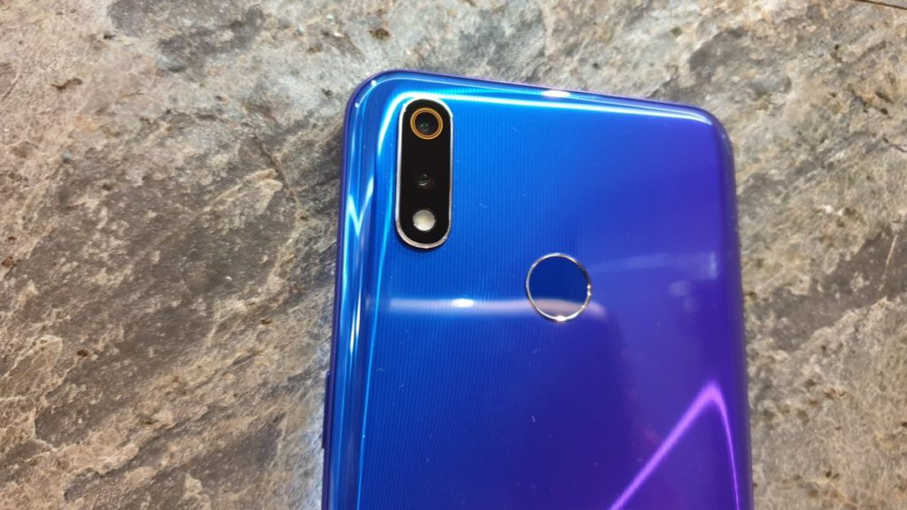 [Review] Realme 3 Pro - The Outstanding Midrange Marvel 3