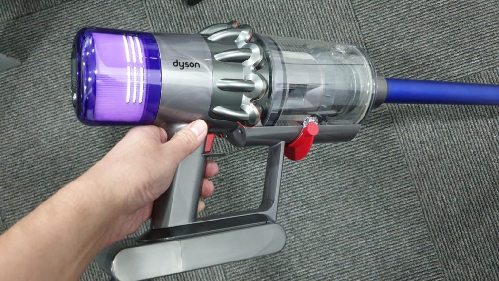 Dyson debuts their next generation V11 cordless vacuum, Lightcycle and Pure Cool Me in Southeast Asia 2