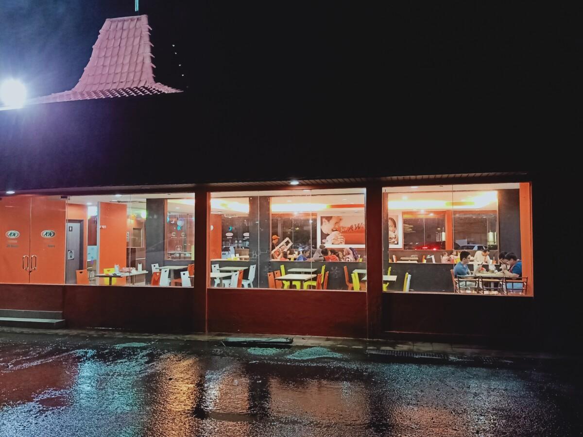 OPPO F11 night shot 4