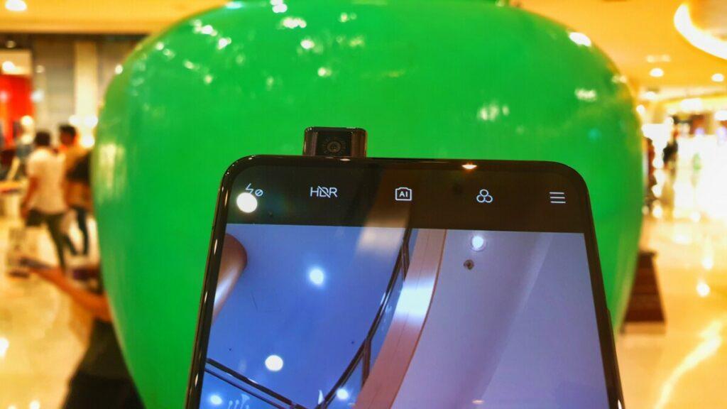 XIaomi Mi 9T selfie camera