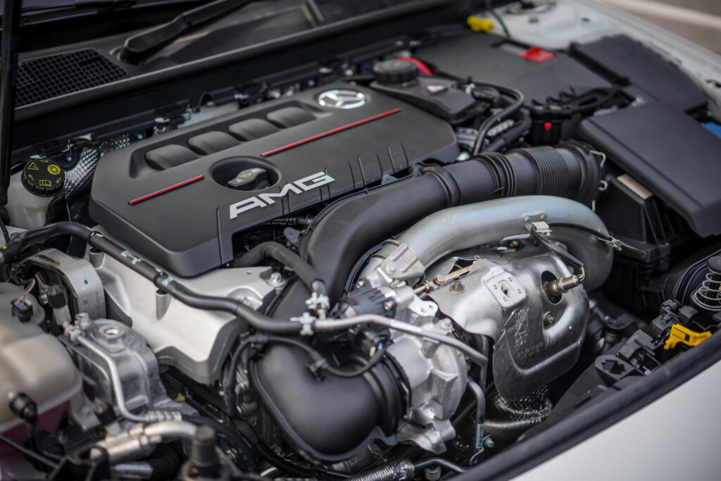 Mercedes AMG A35 engine