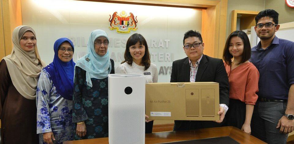 Xiaomi Malaysia donates 100 Mi Air Purifier 2S to Malaysian schools 1