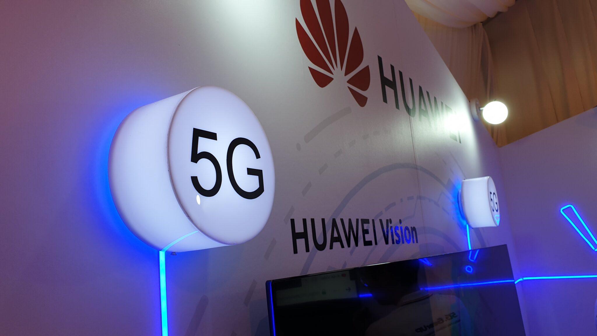 Huawei Mate30 Pro 5G showcase