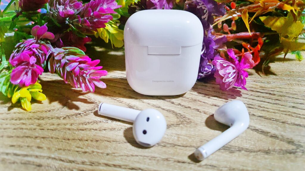 realme Buds Air Review - Keeping it Realme 6
