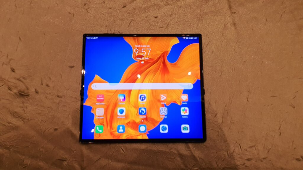 Huawei Mate Xs foldable smartphone with revamped hinge and huge 8-inch display makes global debut in Barcelona 1