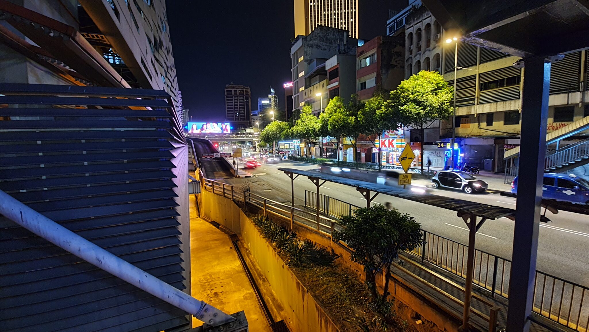 Note10 Lite review low light