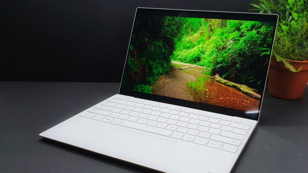 Dell XPS 13 9300 Review - Redefining Ultraportable Perfection 6