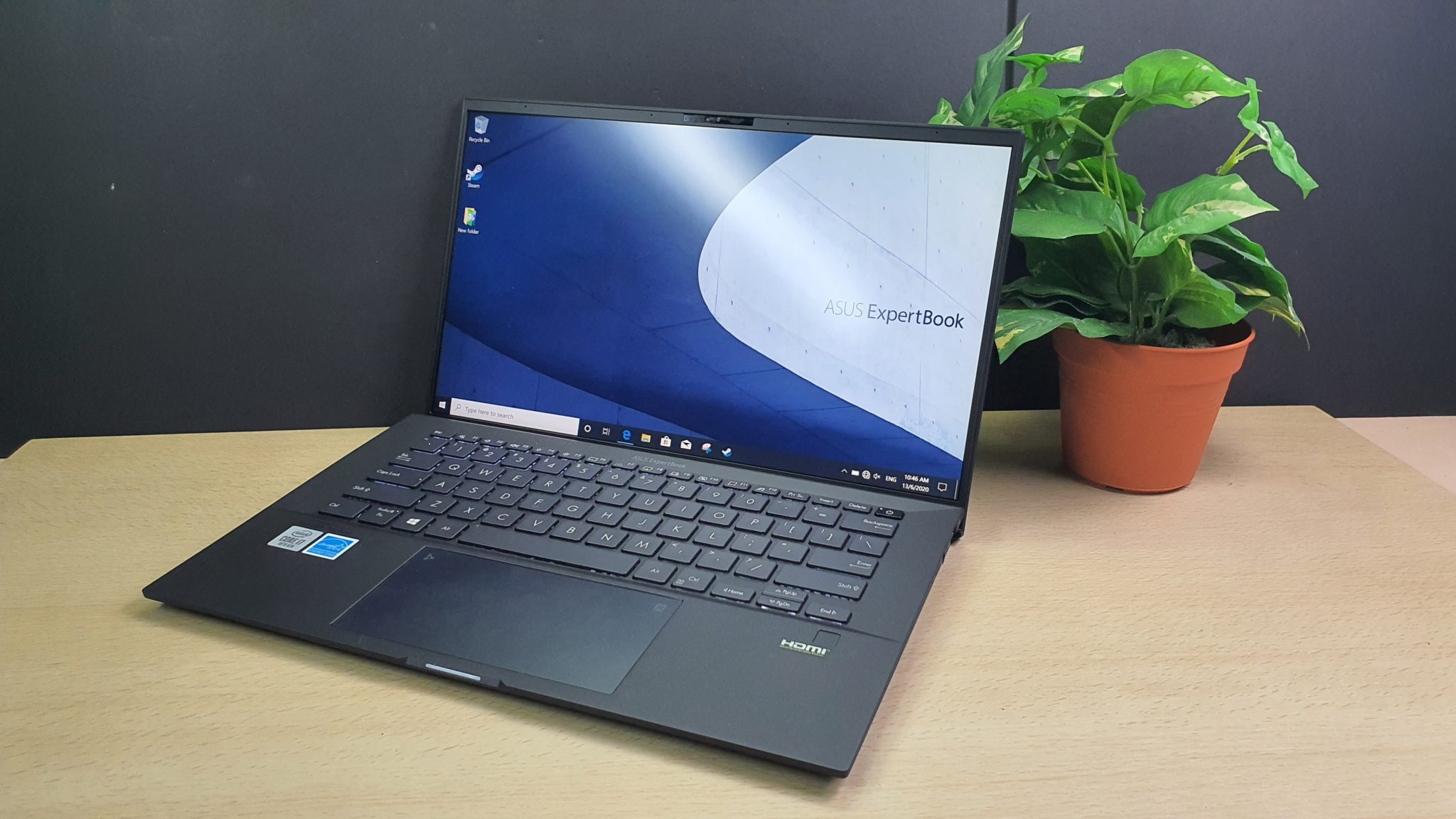 Asus ExpertBook B9 (B9450) front