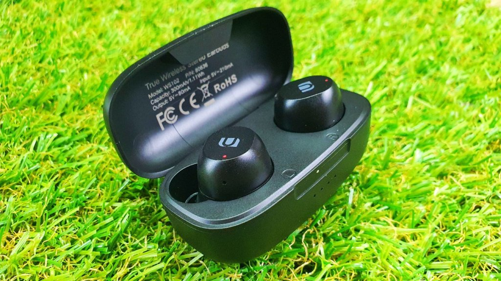 UGREEN WS102 True Wireless Stereo Earbuds Review open box