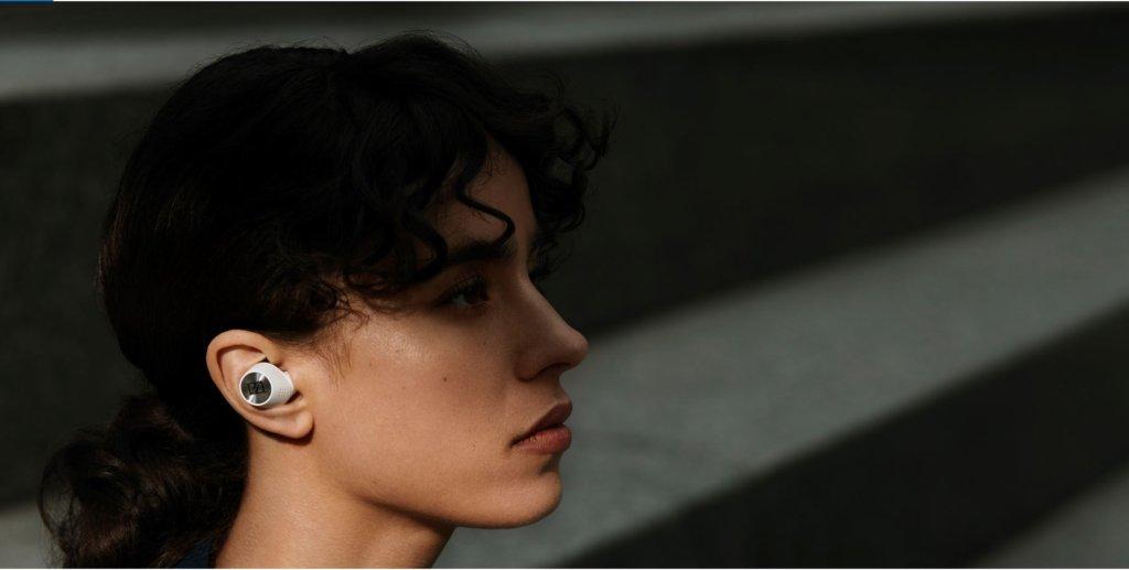 Sennheiser Momentum True Wireless 2 side profile