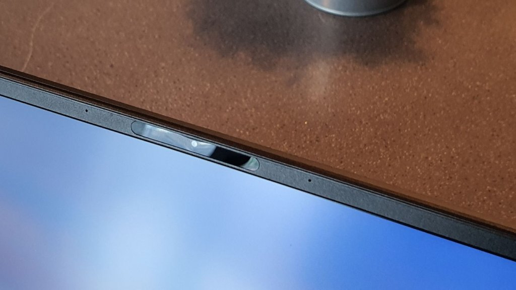ZenBook 13 UX325 bezels