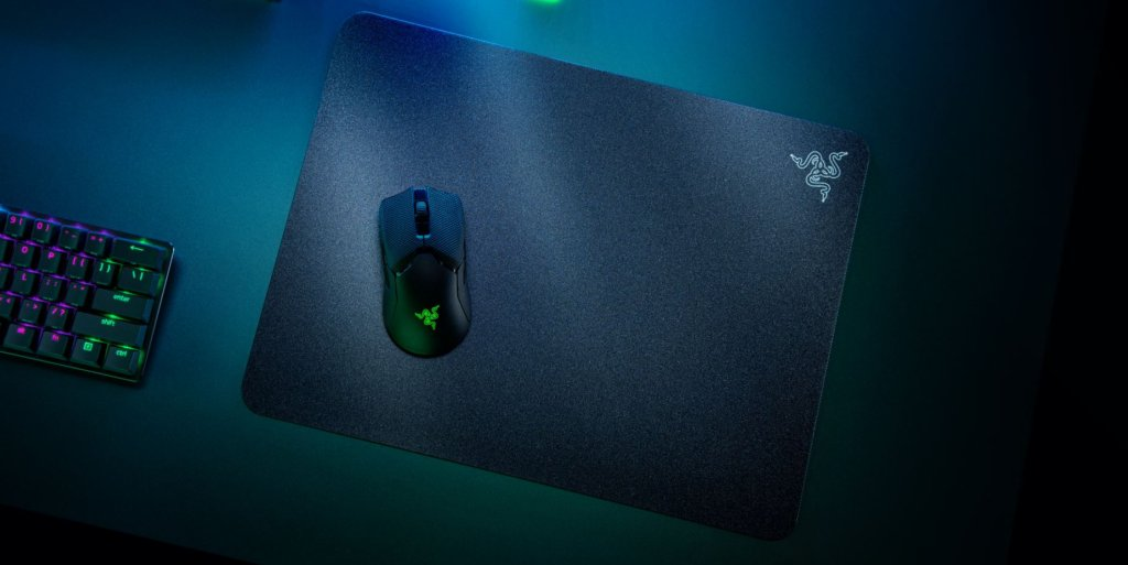 Razer Acari mouse mat lets you glide your mouse as smooth as silk for a mere RM309 3