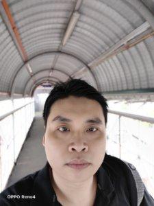 OPPO Reno 4 selfie