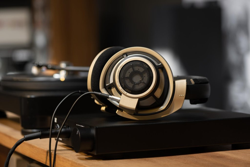 Sennheiser HD 800 S Anniversary Edition arriving in limited numbers in Malaysia 2