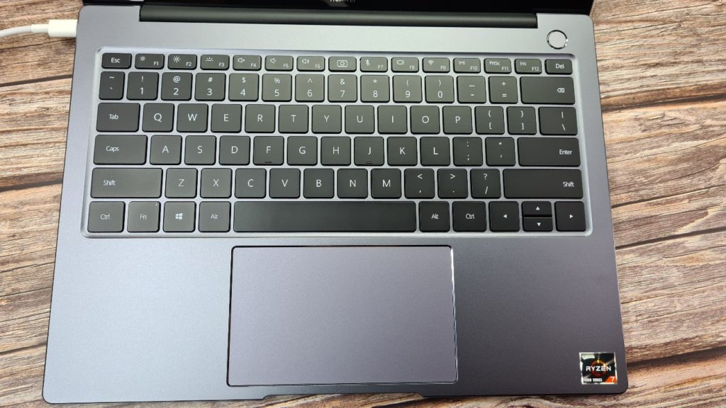 Huawei MateBook 14 2020 Review keyboard