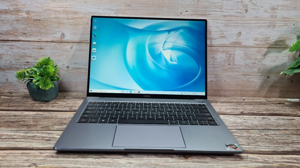 Huawei MateBook 14 2020 Review front