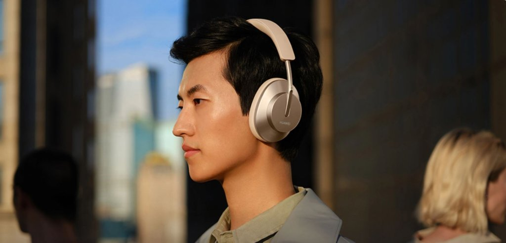 Huawei FreeBuds Studio over-ear headphones priced at RM1,199 and coming to Malaysia 3