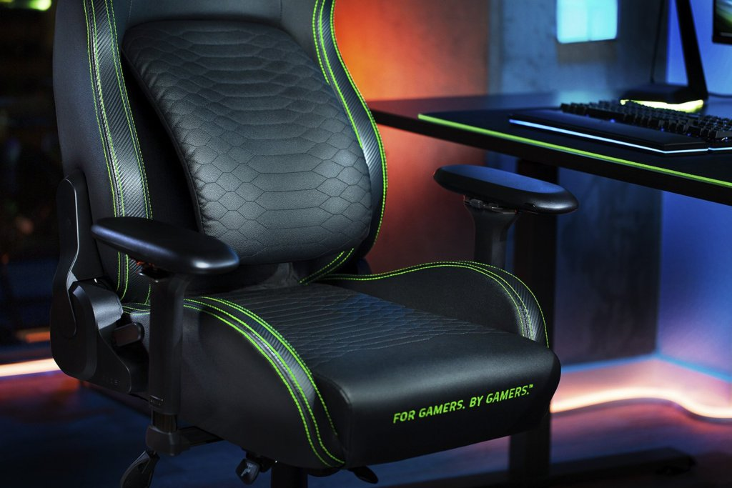 Razer Iskur gaming chair leather seats
