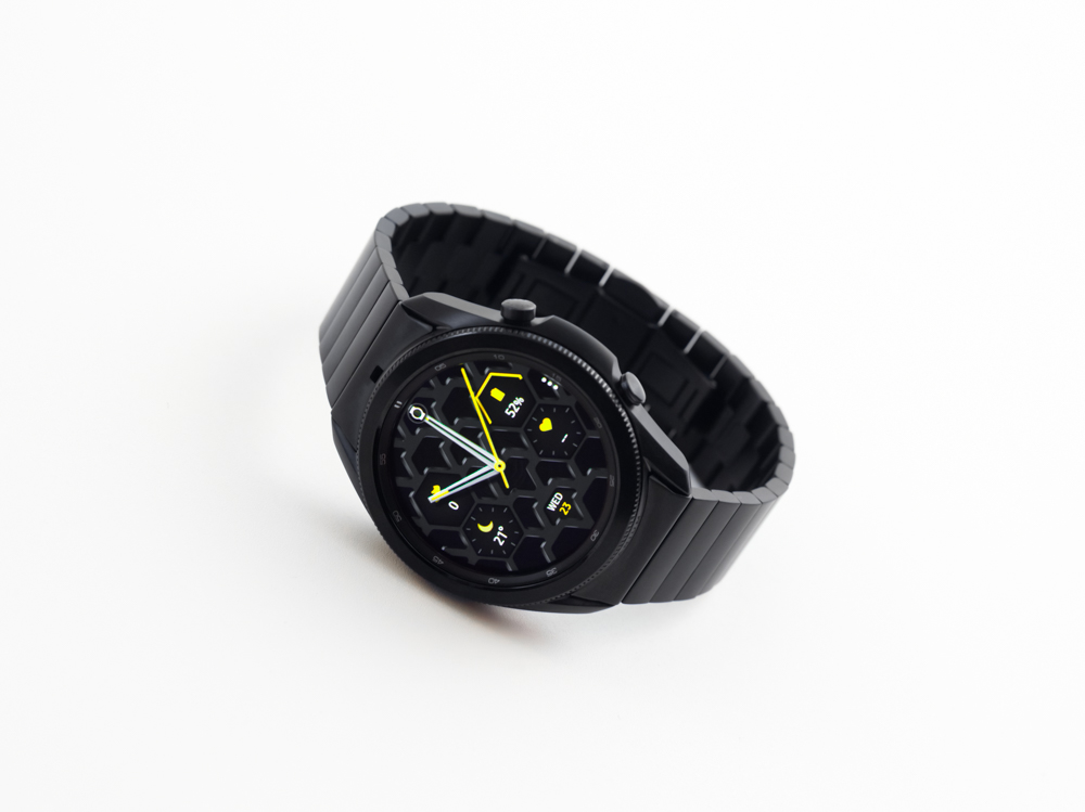 galaxy watch3 titanium angled