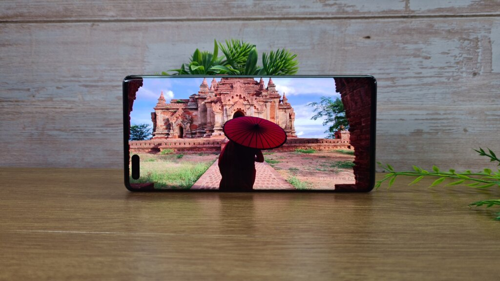 Huawei Mate 40 Pro review display