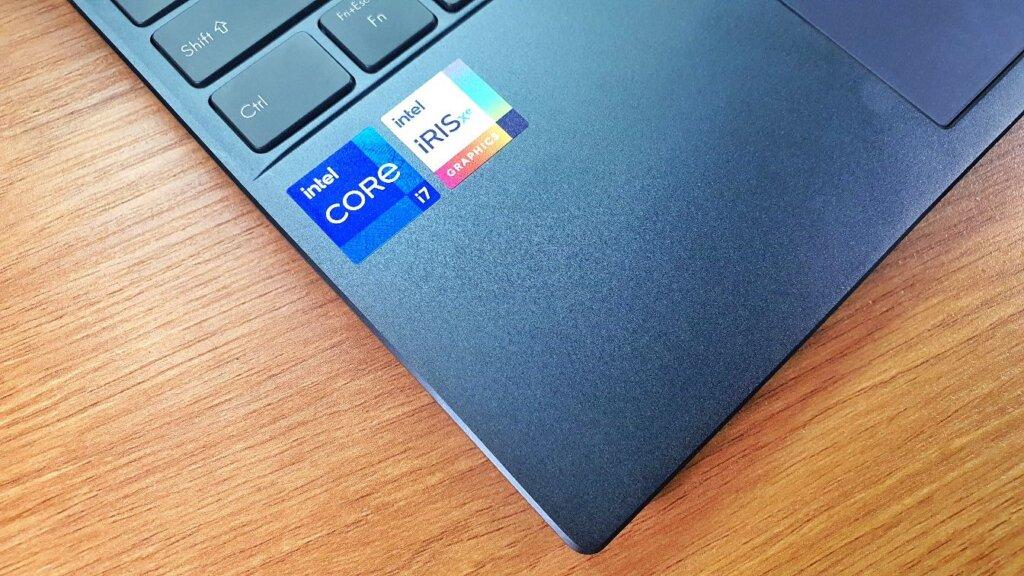 ASUS ZenBook 14 UX425EA review CPU
