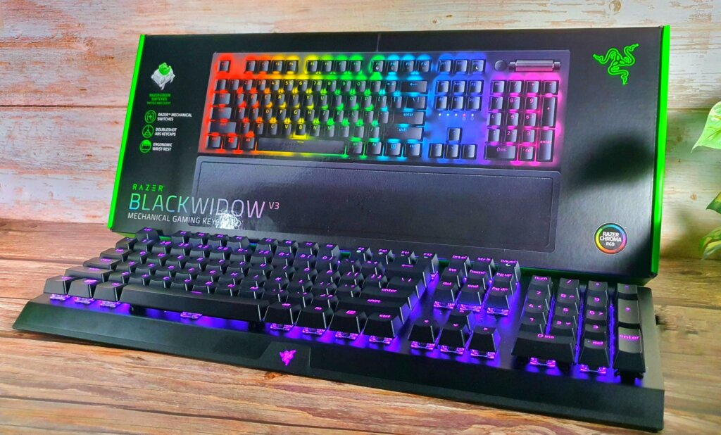 Razer BlackWidow V3 hero