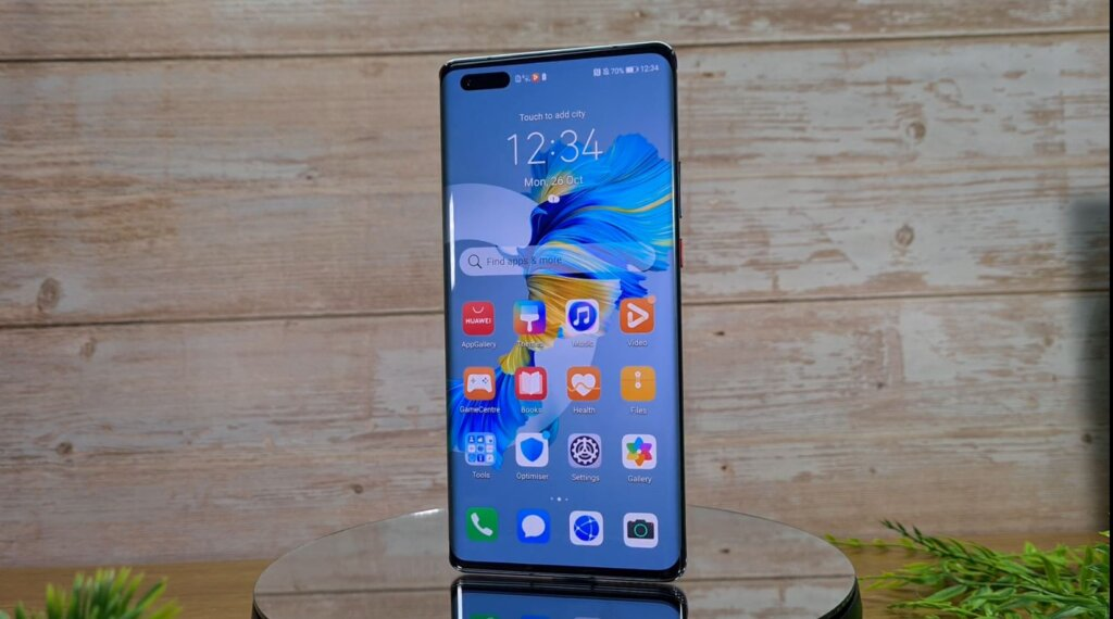 Huawei Mate 40 Pro Review front
