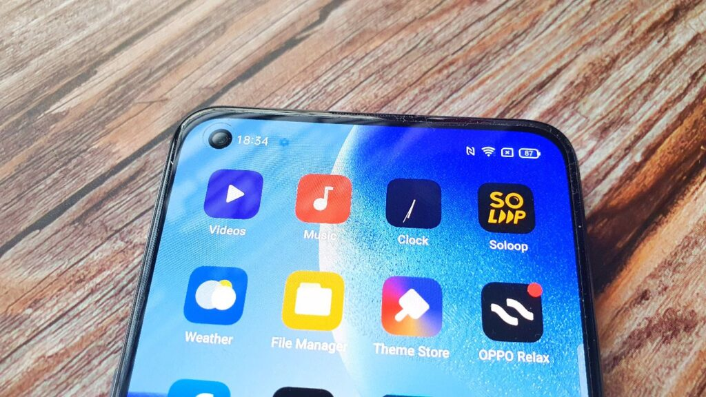 OPPO Reno5 5G Review front