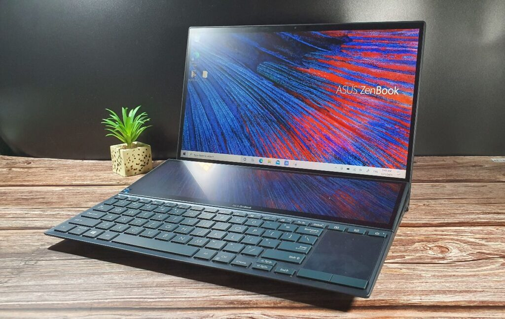 Asus ZenBook Duo 14 UX482 hero angled