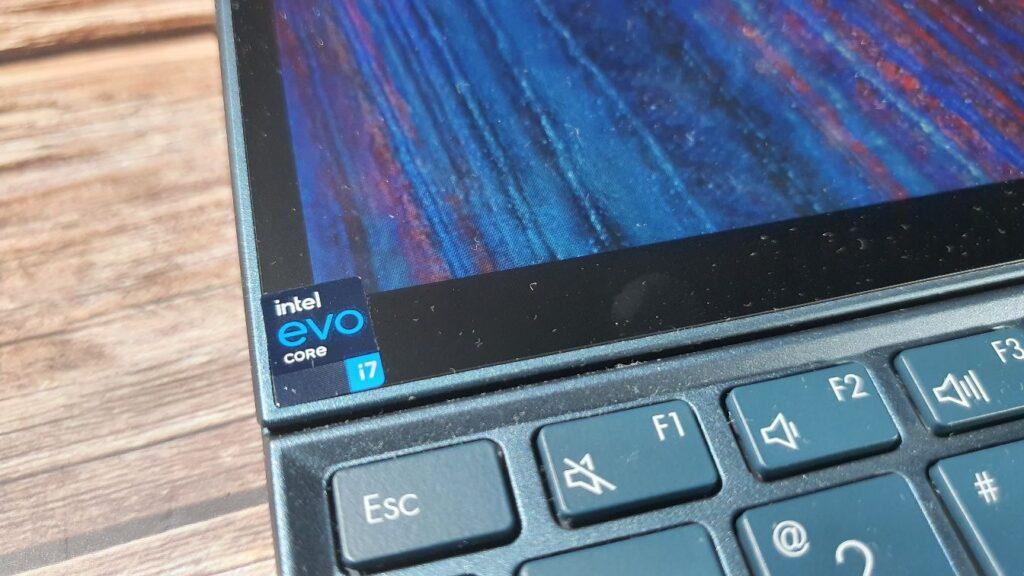 ASUS ZenBook Duo14 UX482 Review intel evo