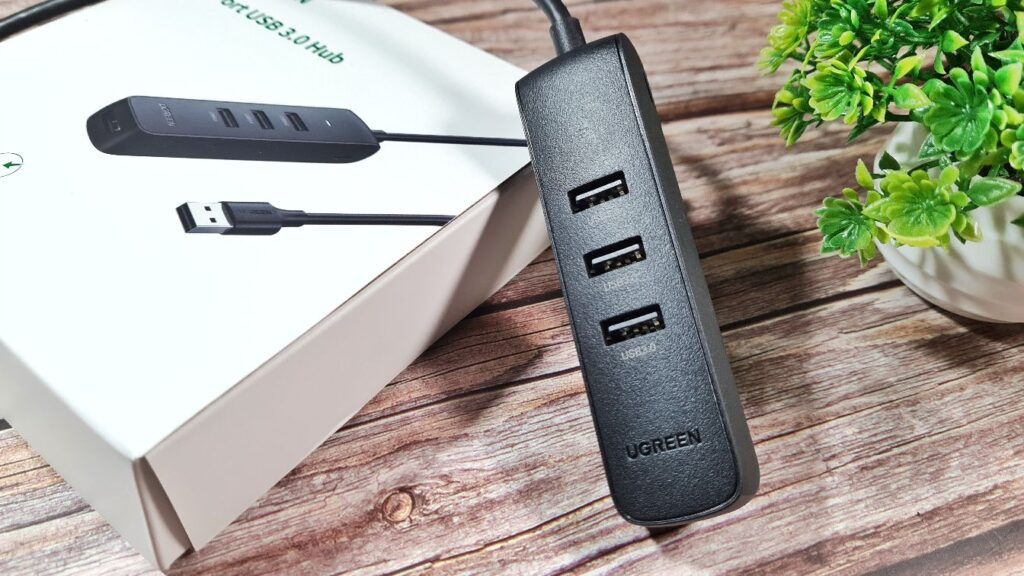 UGREEN 4-port USB 3.0 Hub Review hub hero
