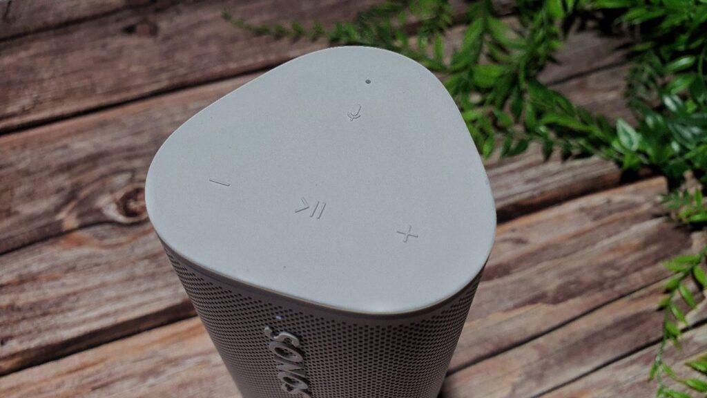 Sonos Roam Review buttons
