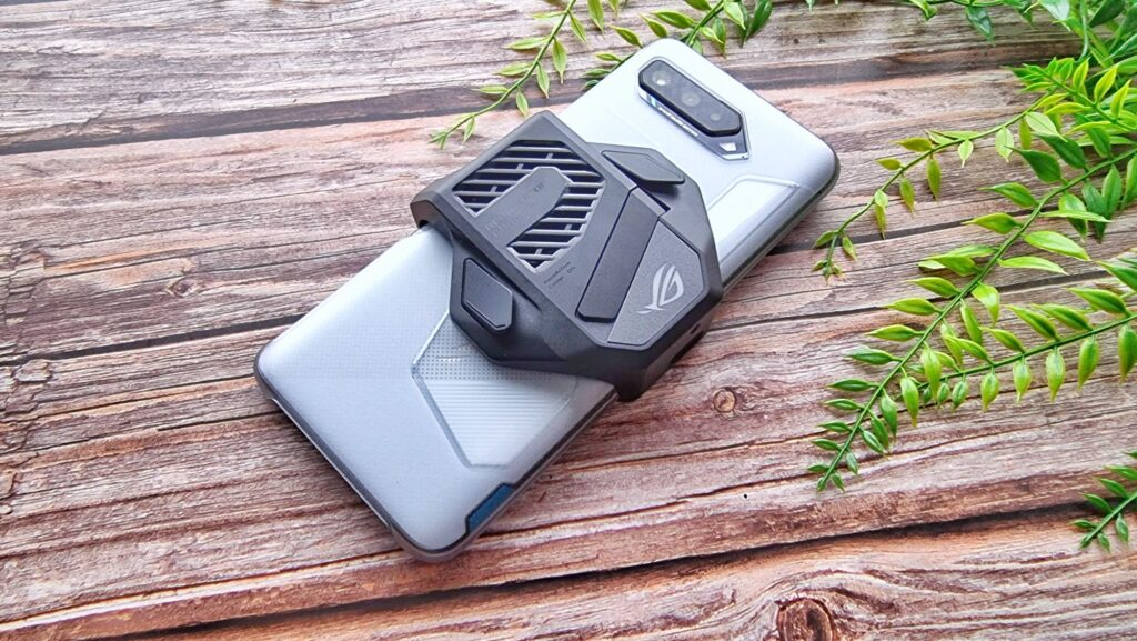 ROG Phone 5 First Look  Aeroactive Cooler 5