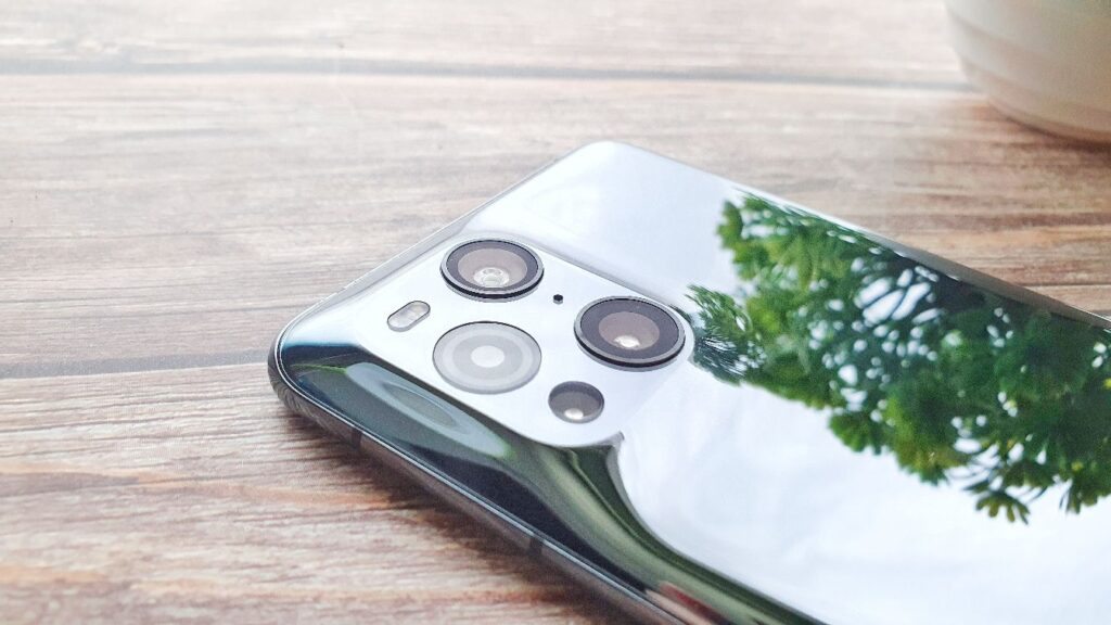 OPPO Find X3 Pro review display rear camera