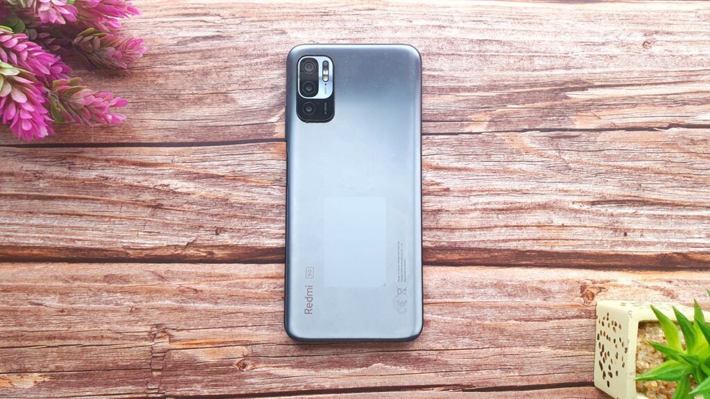 Xiaomi Redmi Note 10 5G review top view