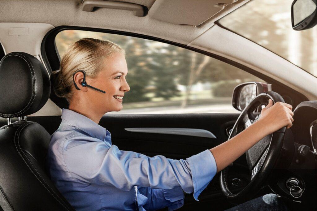 BlueParrott M300-XT Review driving