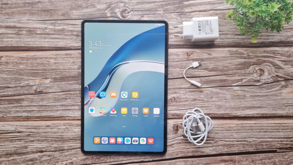 Huawei MatePad Pro 12 Unboxing - First look at Huawei's fabulous new tablet 1