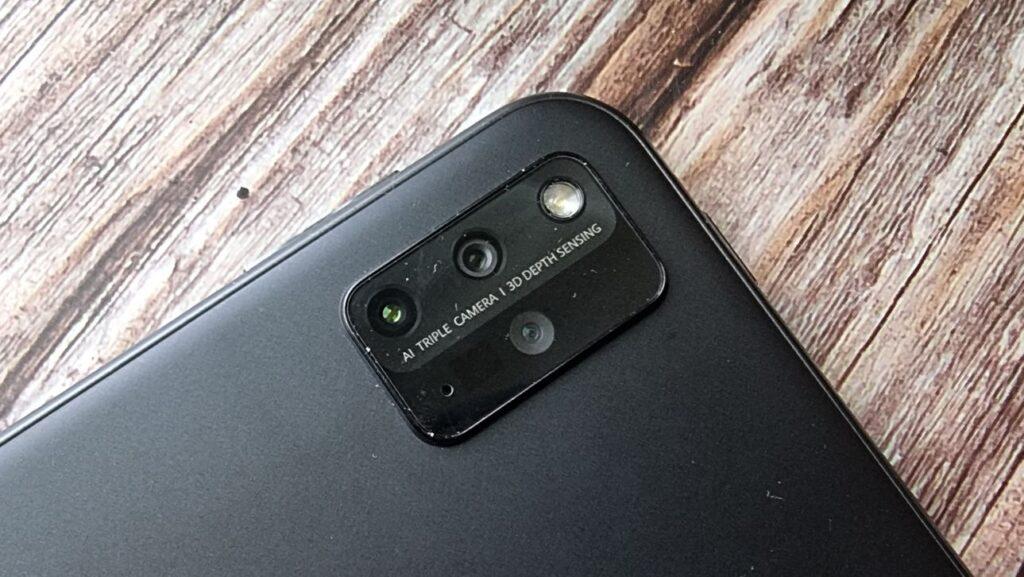 Huawei MatePad Pro 12 Unboxing rear camera