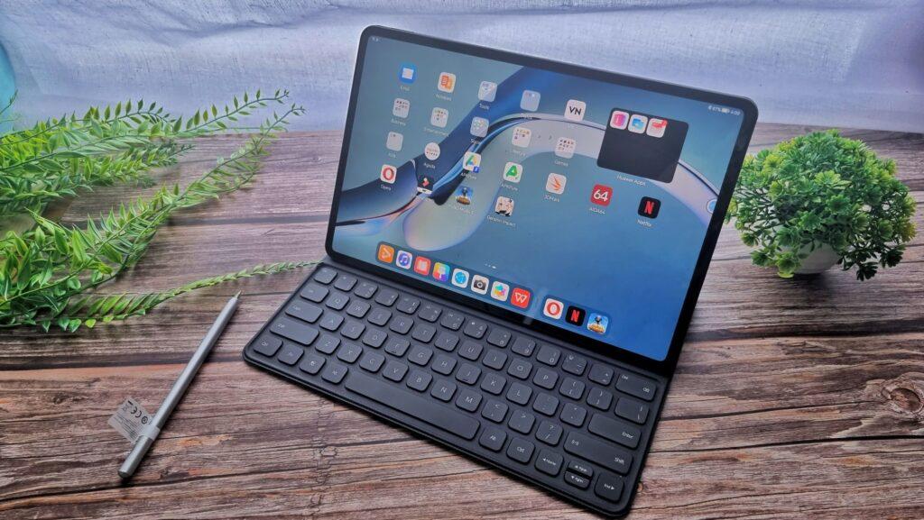 Huawei MatePad Pro 12 angled