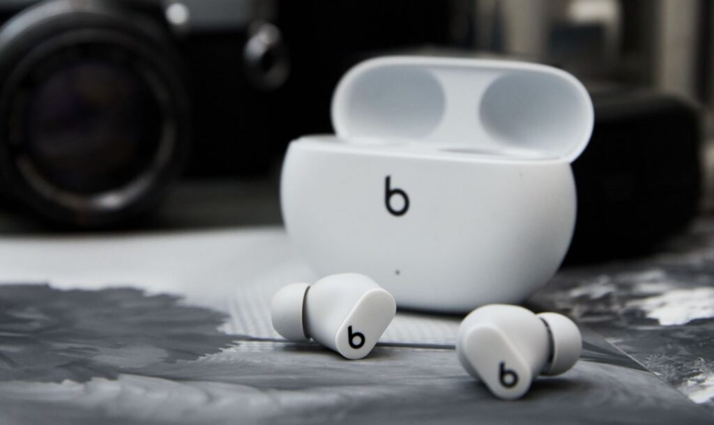 Beats Studio Buds with ANC and 3 sweet colourways arriving in Malaysia priced at RM629 4